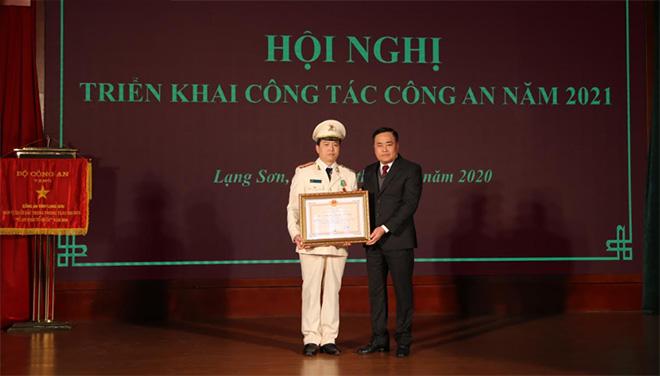 Công an tỉnh Lạng Sơn: Triển khai công  tác năm 2021 - Ảnh minh hoạ 2