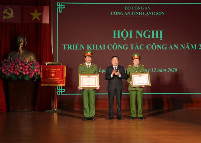 Công an tỉnh Lạng Sơn: Triển khai công  tác năm 2021 - Ảnh minh hoạ 3