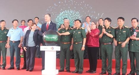 Đánh dấu bước tiến mới trong việc tẩy chất độc dioxin tại sân bay Biên Hòa