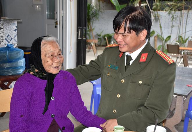 Thăm hỏi mẹ Việt Nam anh hùng tại Quảng Nam - Ảnh minh hoạ 2