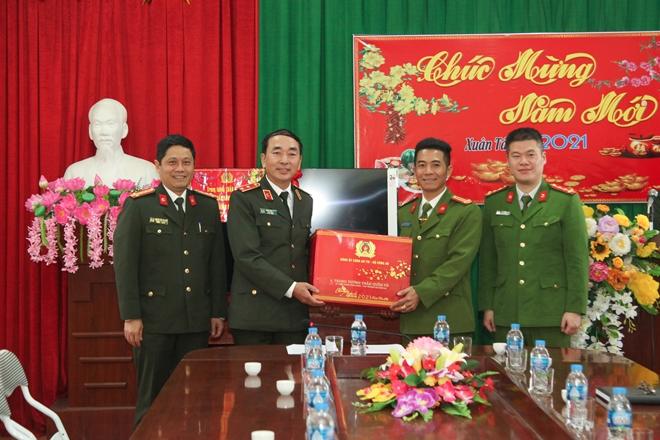 Thứ trưởng Trần Quốc Tỏ kiểm tra công tác tại Thái Nguyên - Ảnh minh hoạ 3
