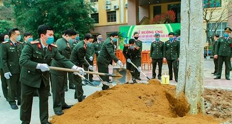 Học viện ANND hưởng ứng Tết trồng cây