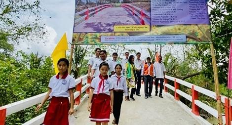 Kiều bào Việt Nam và những cây cầu kết nối quê hương