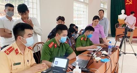 Công an tỉnh Sơn La: Vượt chỉ tiêu trong ngày về cấp căn cước công dân