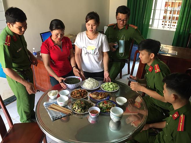 """Tình quân dân trong thực hiện """"chiến dịch"""" cấp thẻ CCCD ở Đắk Nông - Ảnh minh hoạ 5"""