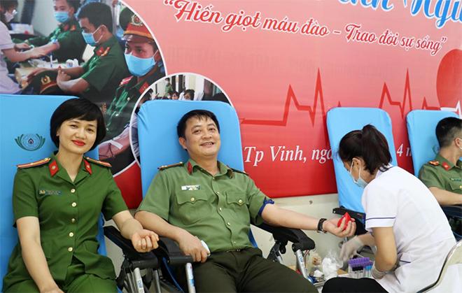 Cán bộ, đoàn viên Công an Nghệ An hiến máu cứu người - Ảnh minh hoạ 2