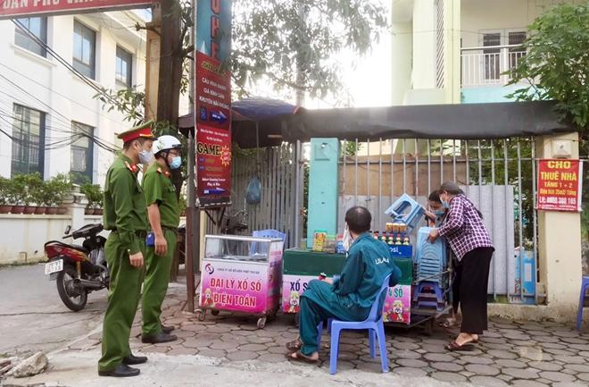 Quyết liệt phòng, chống dịch nơi cửa ngõ Thủ đô