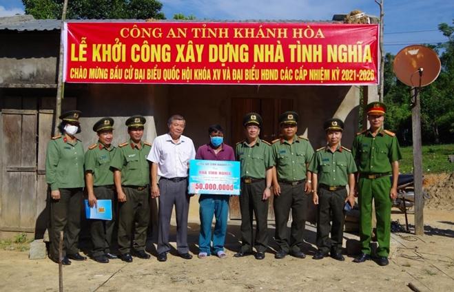 Công an Khánh Hòa khởi công 5 căn nhà tình nghĩa