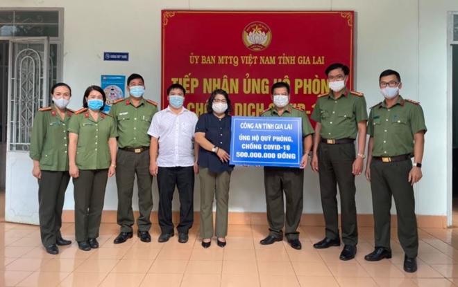 Công an tỉnh Gia Lai ủng hộ 500 triệu đồng Quỹ vaccine phòng, chống COVID-19