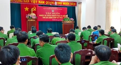 Tập huấn tuyên truyền PCCC cho cán bộ tuyên truyền 19 tỉnh thành phía Nam
