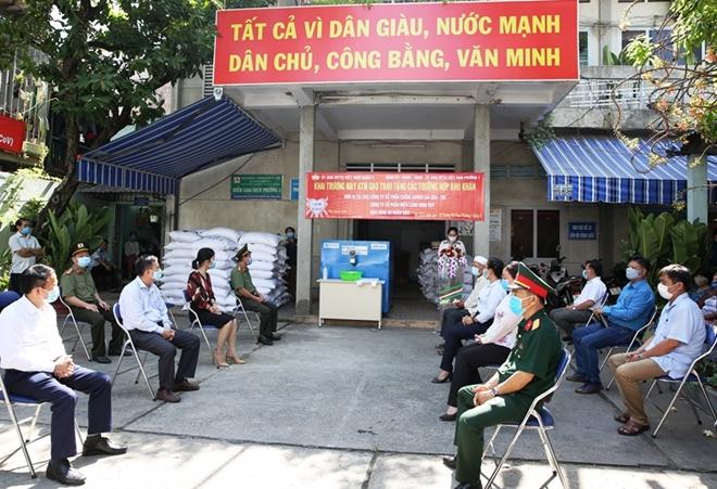 16 tấn gạo được Báo CAND đưa đến tay những người nghèo - Ảnh minh hoạ 2