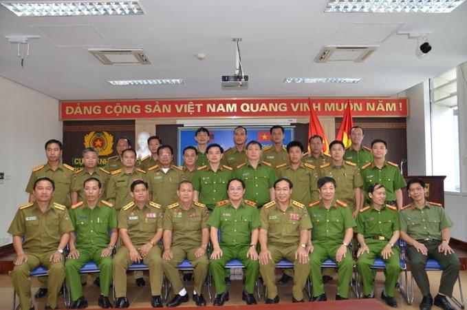 Trường Trung cấp Cảnh sát vũ trang khánh thành khu lưu niệm