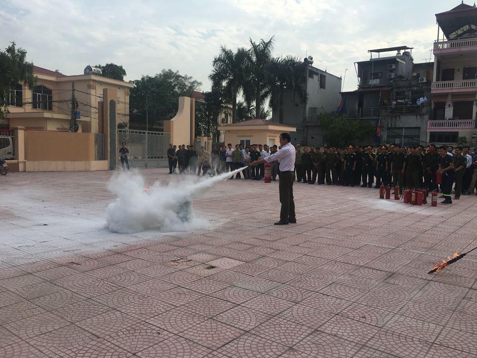 Tăng cường tập huấn nghiệp vụ cho lãnh đạo, đội phòng cháy chữa cháy cơ sở