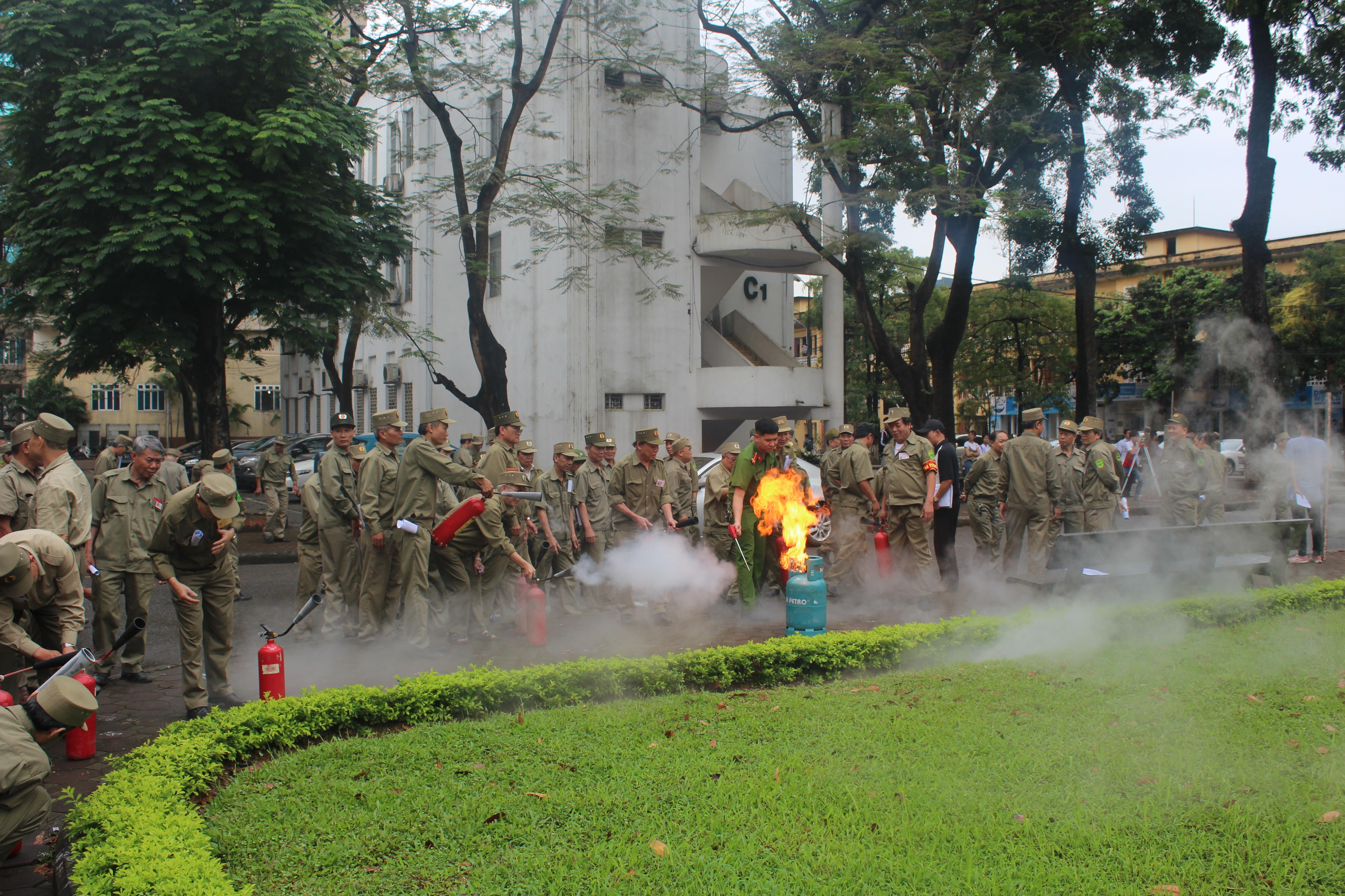 800 BVDP, dân phòng tham gia tập huấn nghiệp vụ PCCC