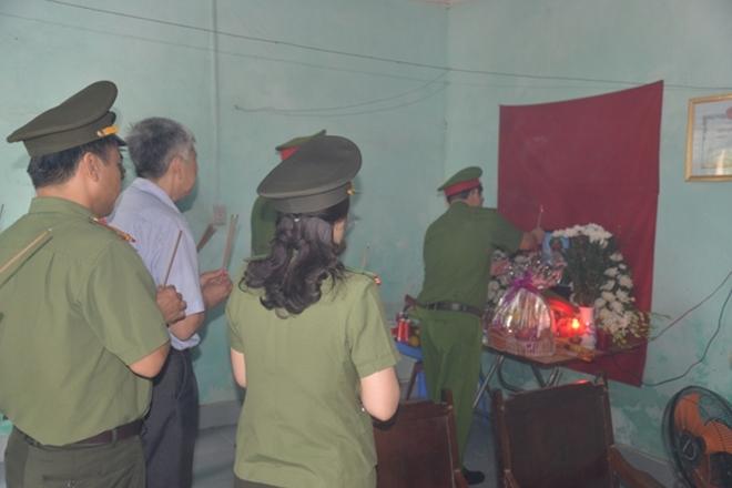 Truy tặng Huân chương Dũng cảm cho Thiếu úy Bùi Minh Quý - Ảnh minh hoạ 5