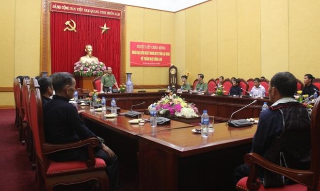 Gặp mặt Đoàn đại biểu người có uy tín dân tộc thiểu số tỉnh Lai Châu