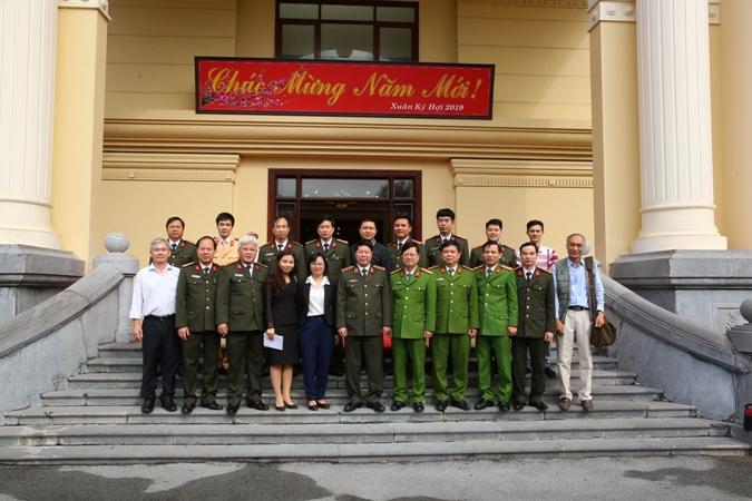 Thứ trưởng Bùi Văn Nam kiểm tra công tác đảm bảo an ninh trật tự tại  Công an tỉnh Ninh Bình