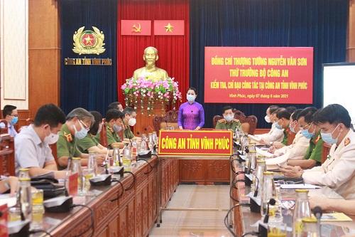 Thứ trưởng Nguyễn Văn Sơn kiểm tra, chỉ đạo công tác tại Công an tỉnh Vĩnh Phúc - Ảnh minh hoạ 2