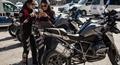 Tội phạm phát khiếp khi gặp biệt đột nữ cảnh sát siêu 'ngầu' trên đường phố