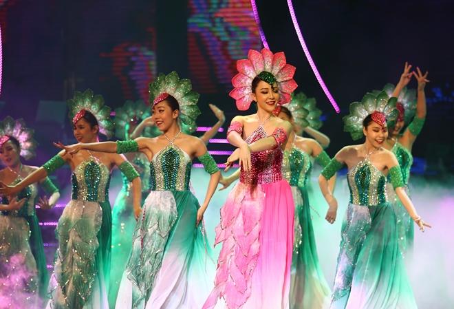 Diễn viên múa Linh Nga