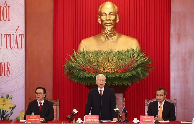Tổng Bí thư Nguyễn Phú Trọng khẳng địnhbà con người Việt ở nước ngoài là bộ phận máu thịt không tách rời của cộng đồng dân tộc.