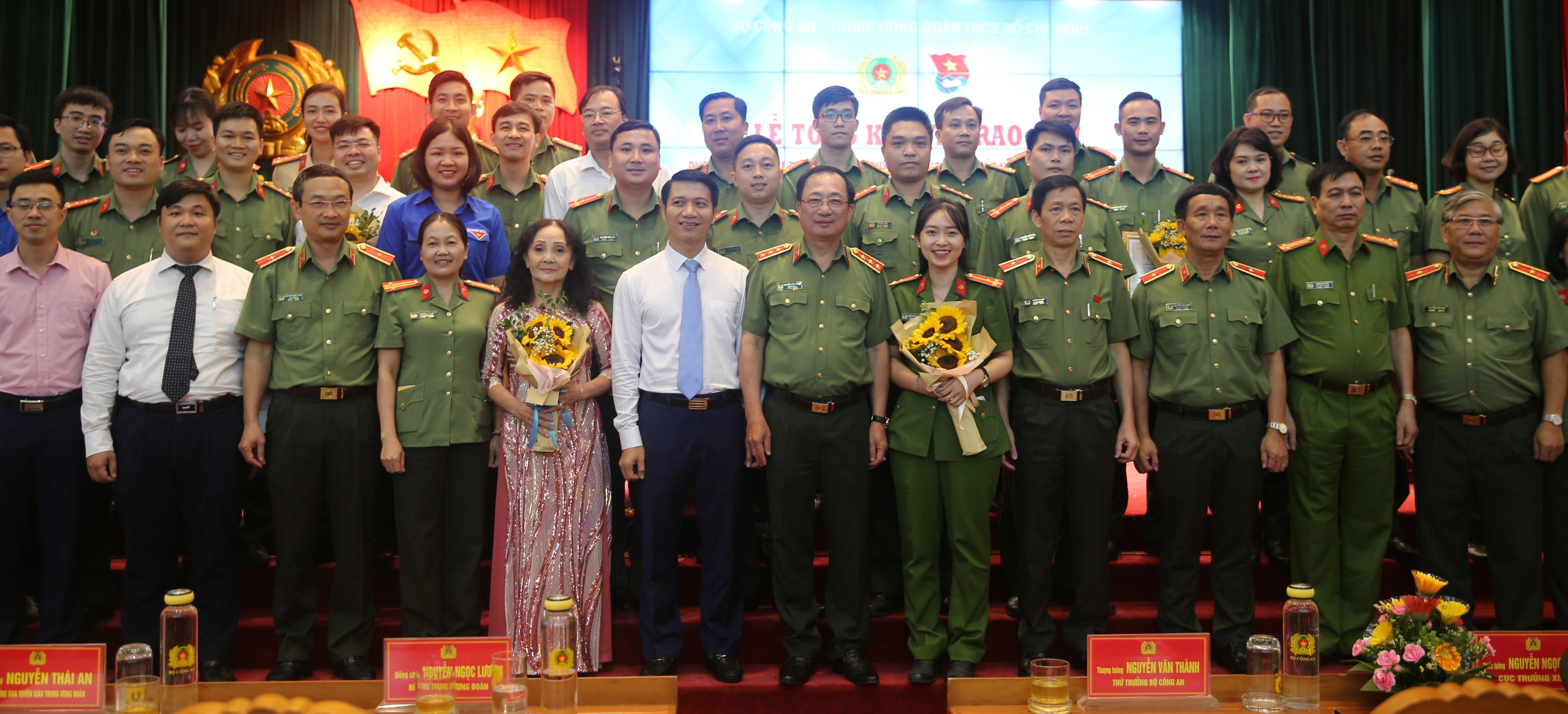 Phát huy trách nhiệm của thanh niên Công an trong xây dựng, bảo vệ Tổ quốc