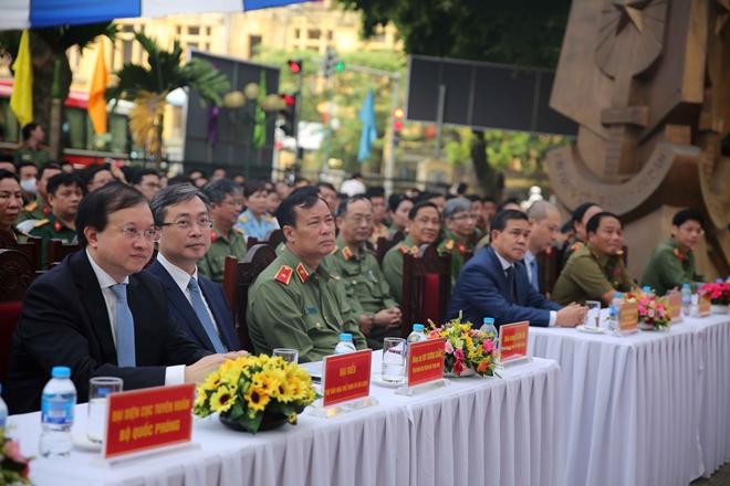 Công an nhân dân Lào – Việt Nam thắm tình hữu nghị