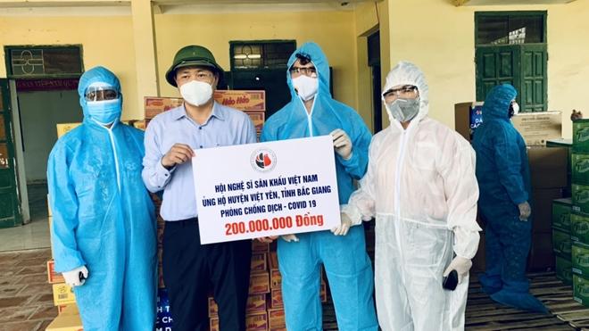 Nghệ sĩ sân khấu chung sức chống dịch tại Bắc Giang, Bắc Ninh - Ảnh minh hoạ 3