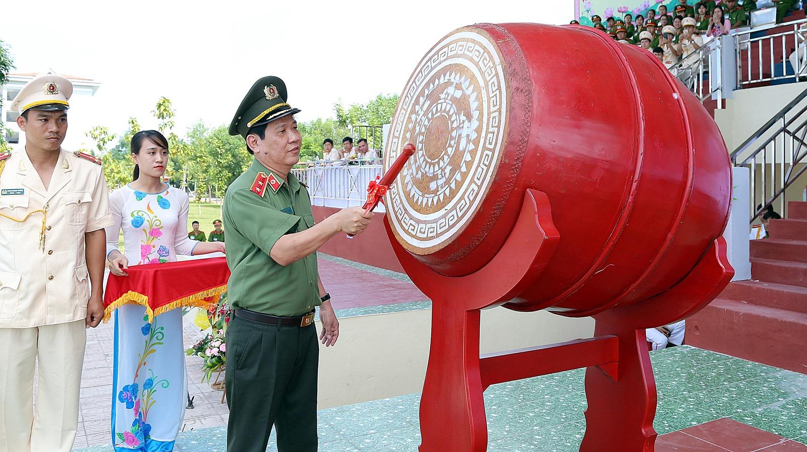 Tăng cường rèn luyện tay nghề thực hành cho học viên khối trung cấp Cảnh sát