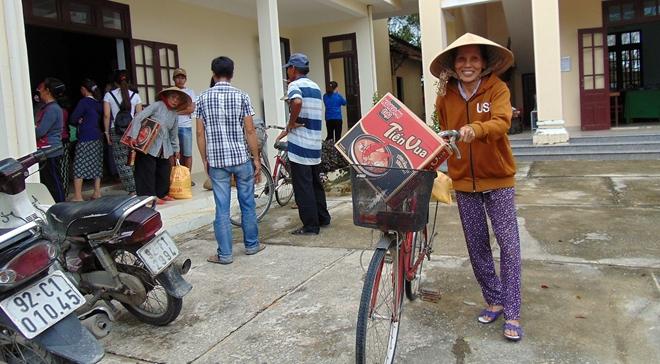 Sẻ chia khó khăn với bà con vùng lũ Quảng Nam - Ảnh minh hoạ 5