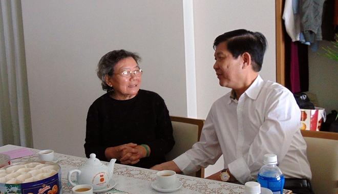 Thứ trưởng Nguyễn Văn Sơn chúc Tết các gia đình nguyên cán bộ Công an cao cấp - Ảnh minh hoạ 2