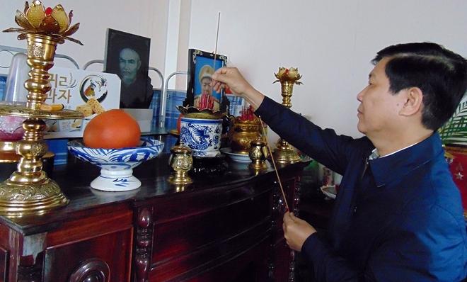 Thứ trưởng Nguyễn Văn Sơn chúc Tết các gia đình nguyên cán bộ Công an cao cấp