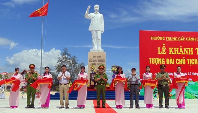 Khánh thành Tượng đài Bác Hồ tại Trường Trung cấp CSND V - Ảnh minh hoạ 3