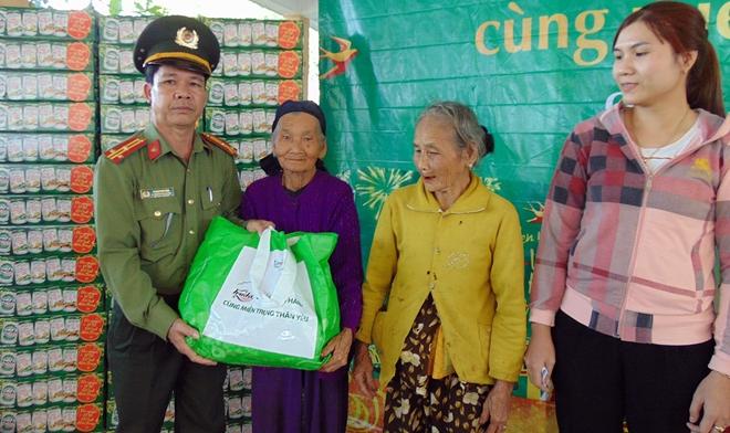 1.000 suất quà đến với người nghèo xứ Quảng - Ảnh minh hoạ 3