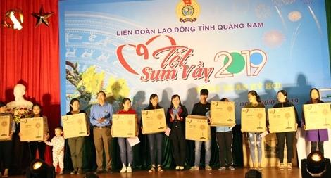 """""""Tết sum vầy"""" với đoàn viên công đoàn tại Quảng Nam"""