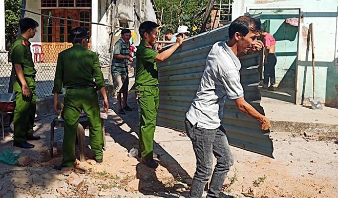 Tuổi trẻ Công an tỉnh Quảng Nam hỗ trợ xây dựng nhà tình nghĩa - Ảnh minh hoạ 2