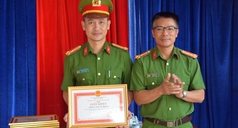 Khen thưởng lực lượng Cảnh sát hình sự Quảng Nam