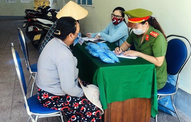 """Ý nghĩa chương trình cây """"ATM gạo"""" đầu tiên tại Quảng Nam - Ảnh minh hoạ 2"""
