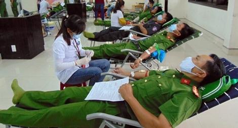 Sôi nổi Ngày hội hiến máu tình nguyện tại Công an Quảng Nam