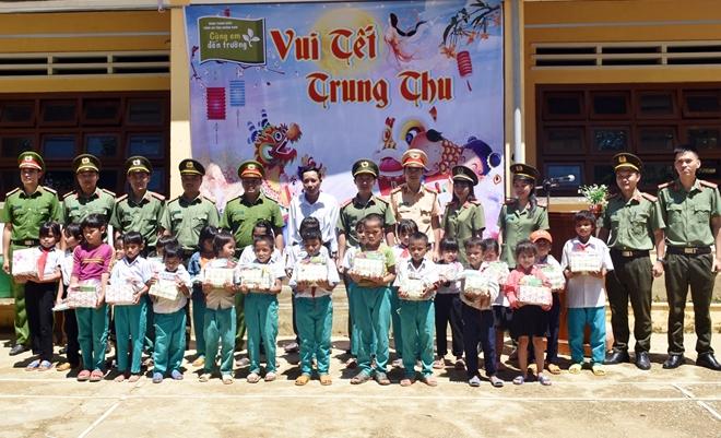 Phát huy vai trò xung kích của tuổi trẻ Công an Quảng Nam - Ảnh minh hoạ 9
