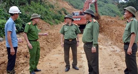 Động viên lực lượng Công an tham gia tuyến đầu ứng phó với bão lũ
