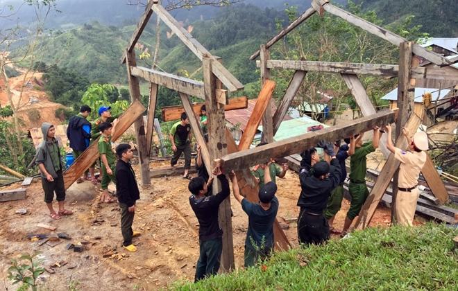 Xung kích giúp người dân dựng lại nhà sau bão lụt - Ảnh minh hoạ 3