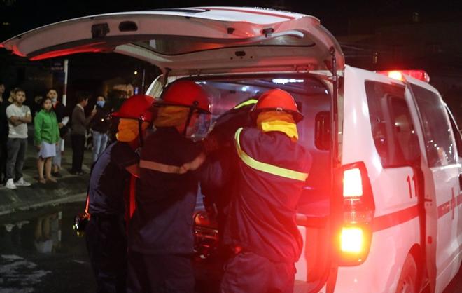 Giải cứu 6 người trong đám cháy rạng sáng mùng 4 Tết - Ảnh minh hoạ 5