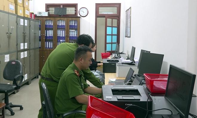 Công an Quảng Nam triển khai làm CCCD cả ngày lẫn đêm - Ảnh minh hoạ 3
