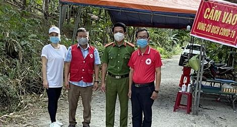 Công an Bắc Giang hỗ trợ các tỉnh phía Nam chống dịch