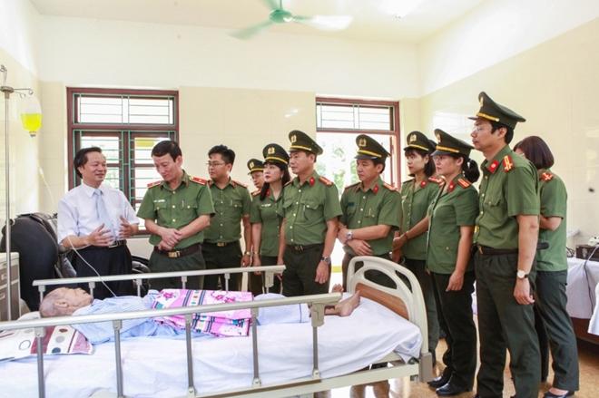 Học viện ANND thăm, tặng quà Trung tâm điều dưỡng thương binh Duy Tiên - Ảnh minh hoạ 5