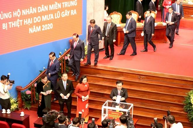 Hà Nội ủng hộ các tỉnh miền Trung 7 tỷ đồng