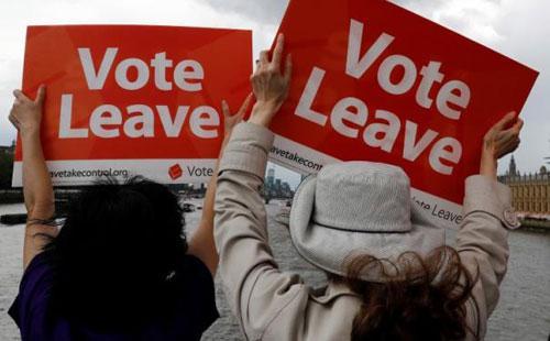 """Nước Anh với việc """"đi hay ở"""" EU"""