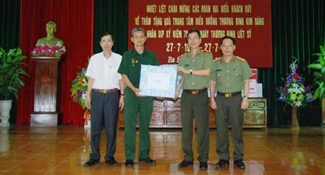 Nghĩa tình ở Trung tâm Điều dưỡng Thương binh Kim Bảng