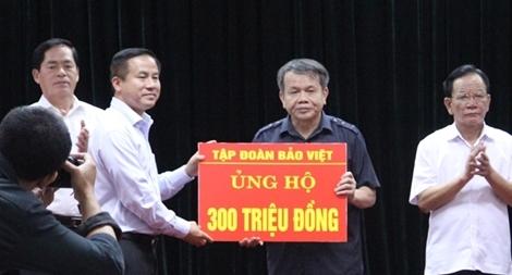 Tập đoàn Bảo Việt ủng hộ gần 1,5 tỷ đồng cùng đồng bào Tây Bắc